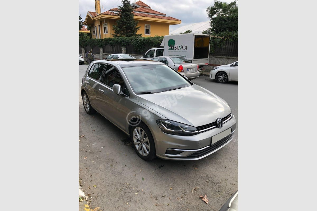 Volkswagen Golf Sarıyer Kiralık Araç 1. Fotoğraf