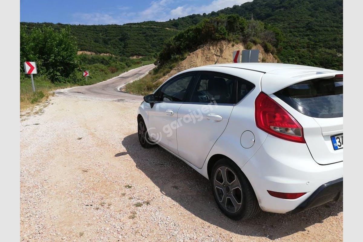 Ford Fiesta Şişli Kiralık Araç 4. Fotoğraf