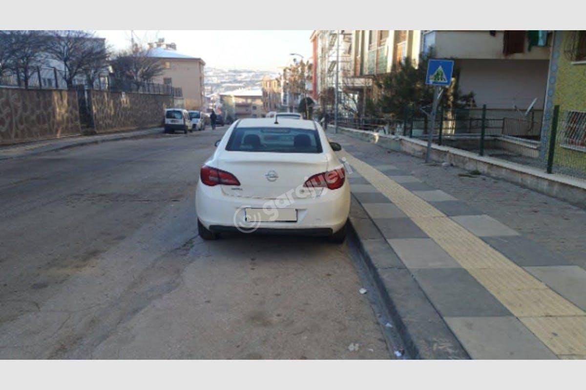 Opel Astra Sedan Mamak Kiralık Araç 3. Fotoğraf