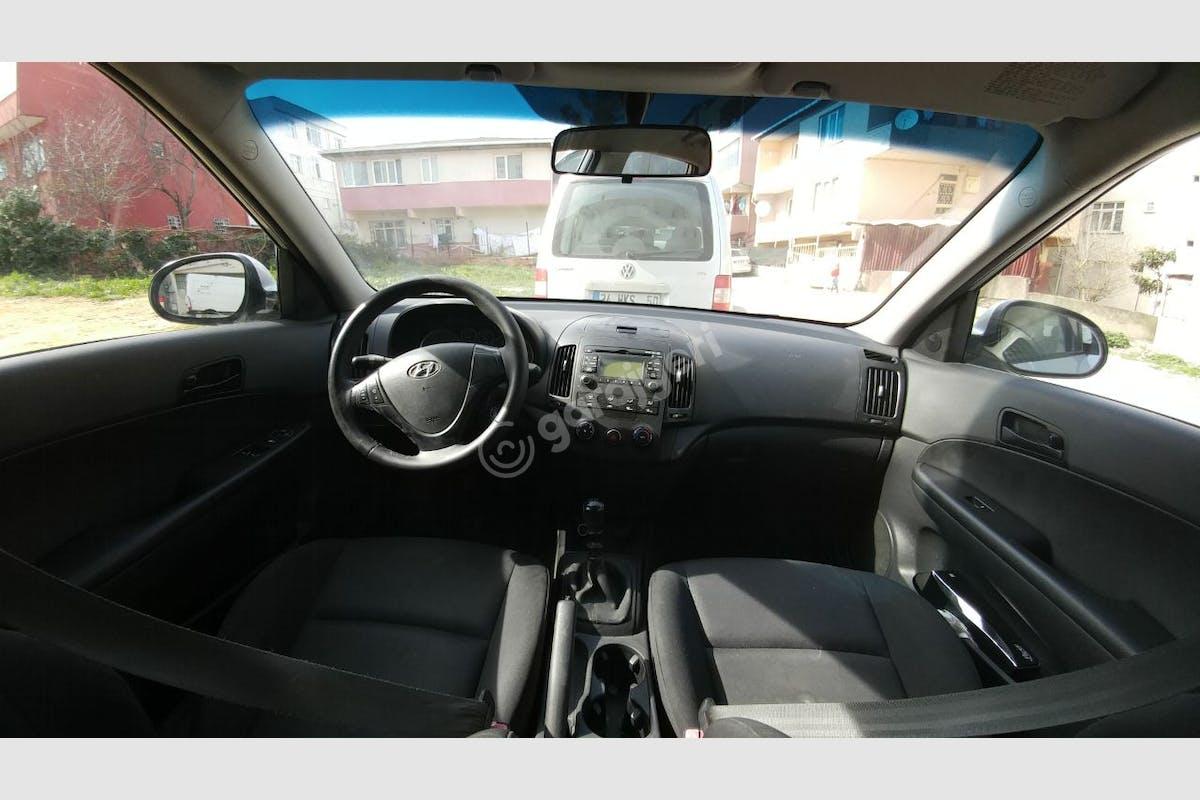 Hyundai i30 Üsküdar Kiralık Araç 2. Fotoğraf