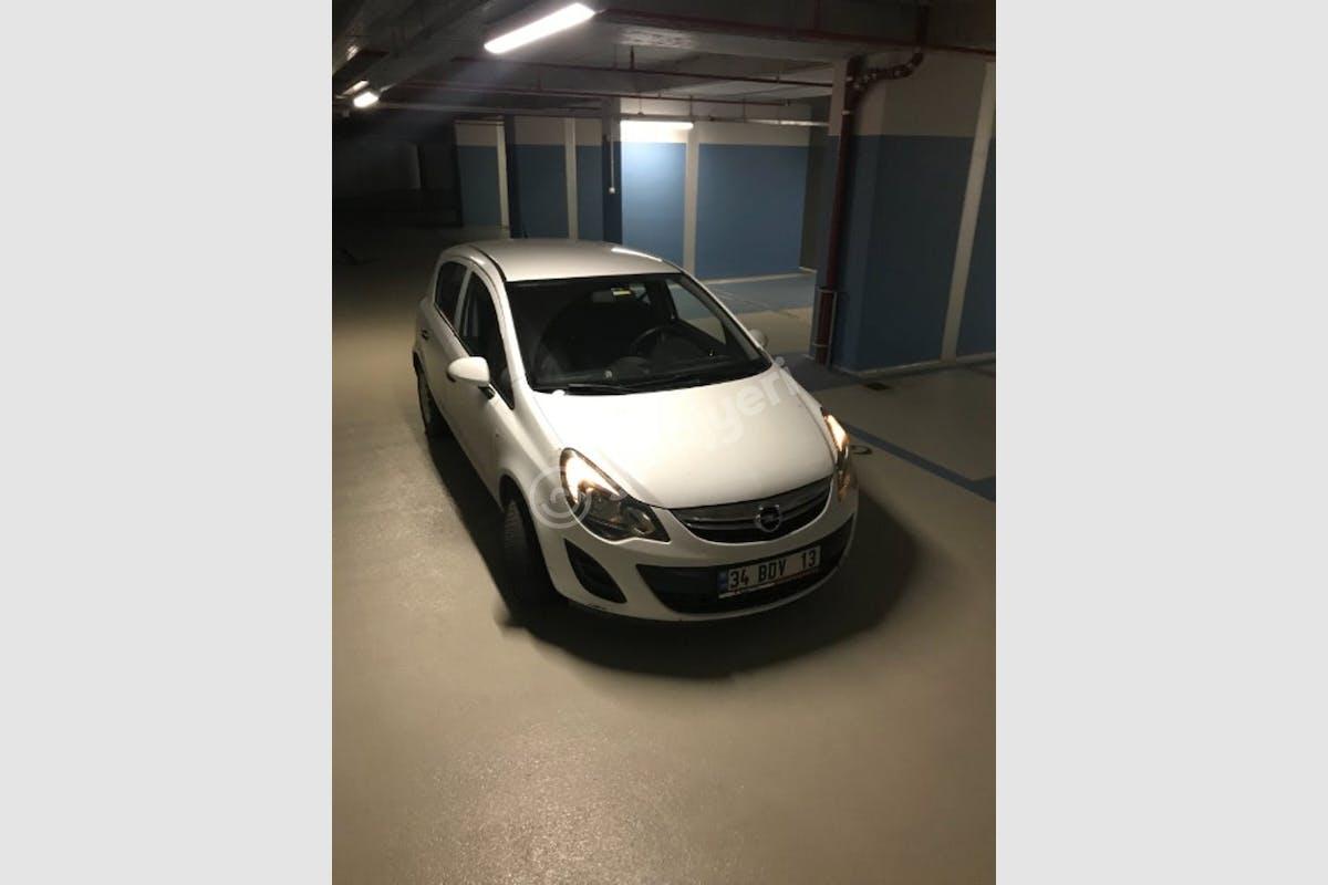 Opel Corsa Beşiktaş Kiralık Araç 2. Fotoğraf
