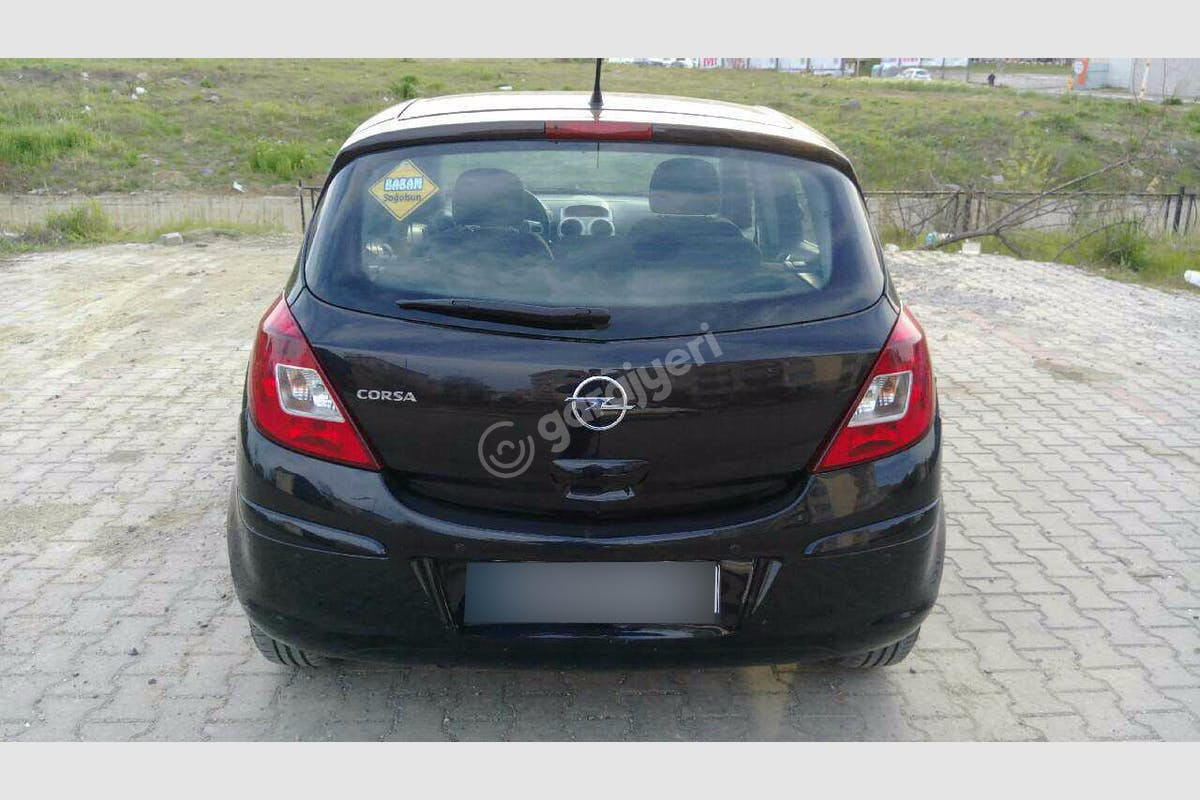 Opel Corsa Süleymanpaşa Kiralık Araç 5. Fotoğraf