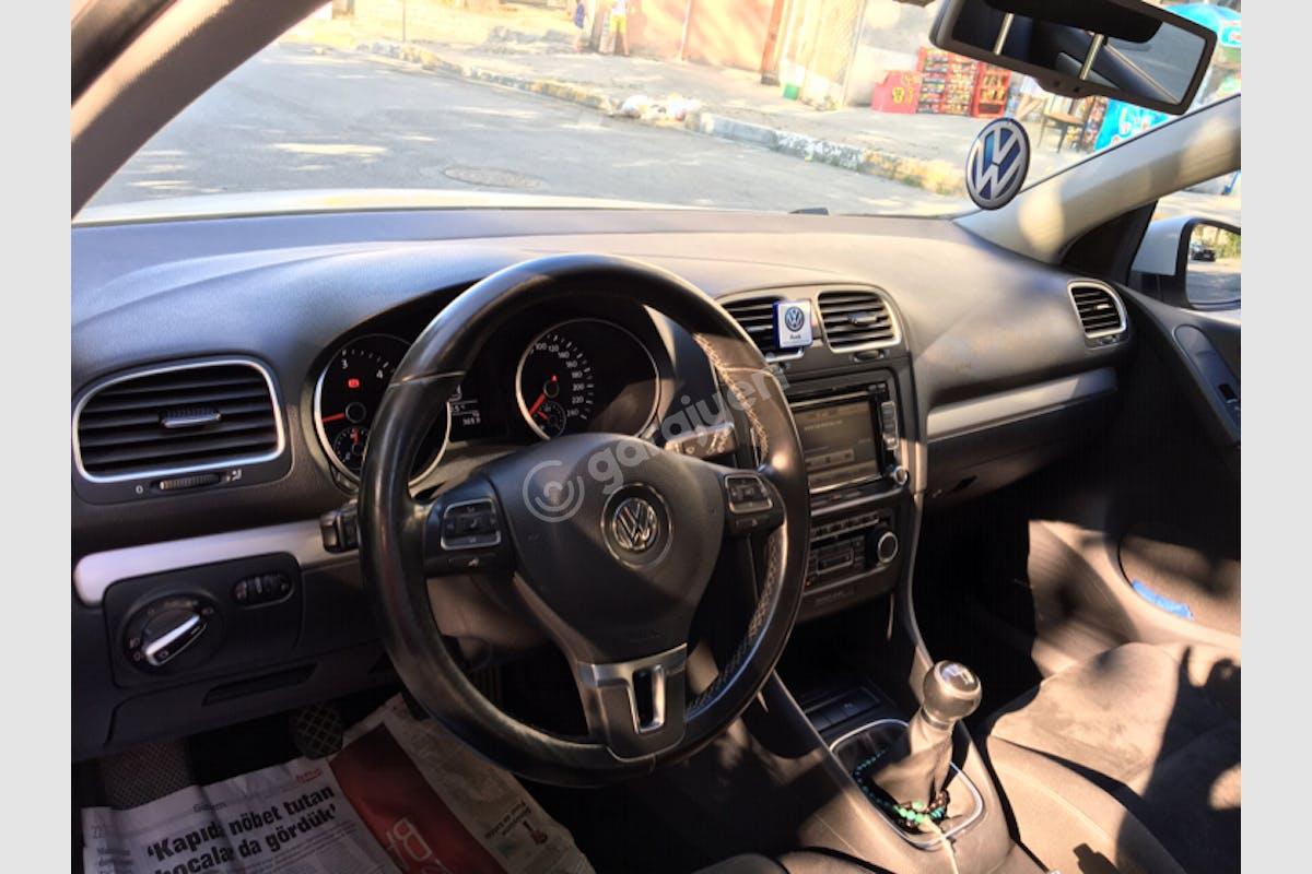 Volkswagen Golf Eyüp Kiralık Araç 10. Fotoğraf