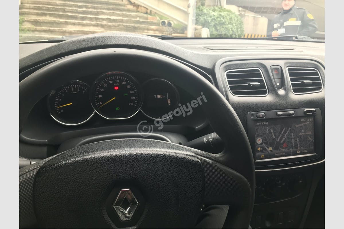 Renault Symbol Ümraniye Kiralık Araç 5. Fotoğraf