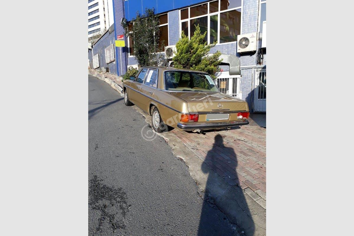Mercedes - Benz E Sultangazi Kiralık Araç 5. Fotoğraf