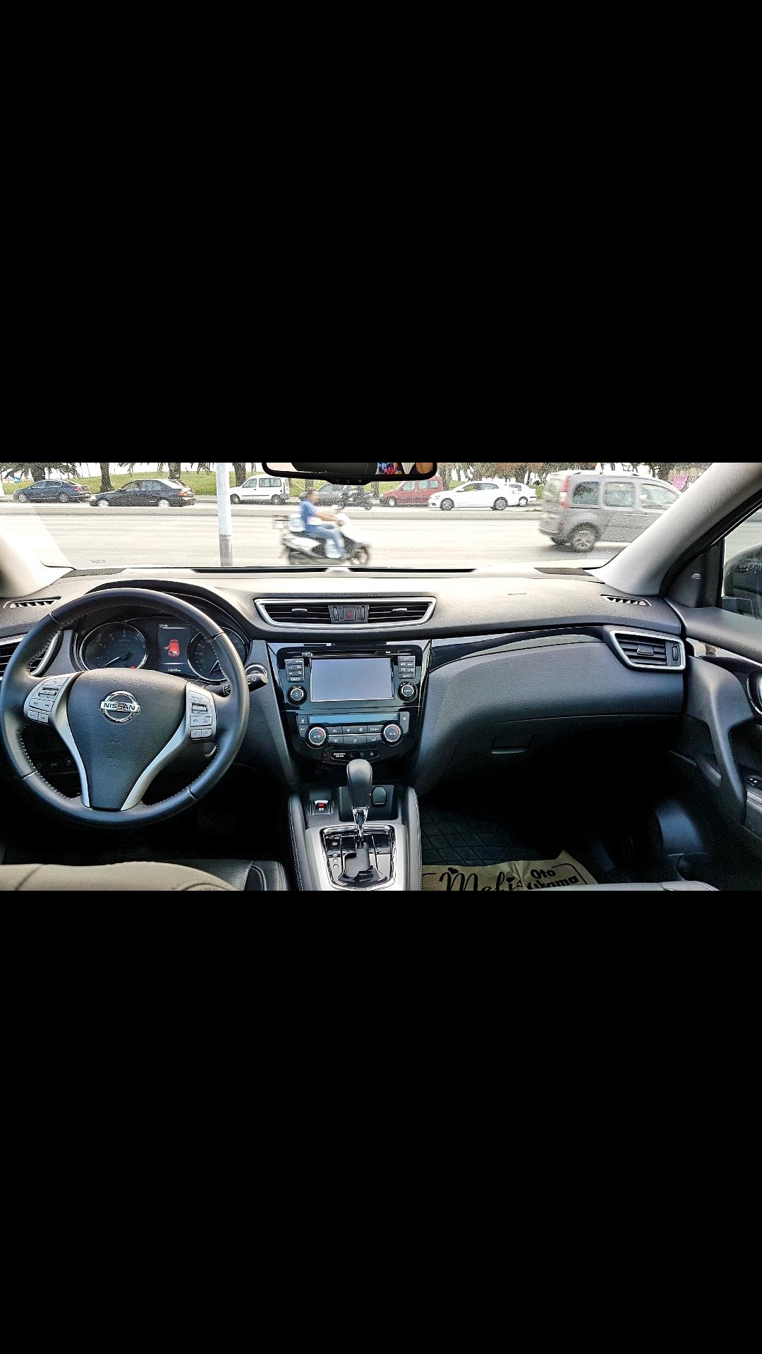 NISSAN Qashqai 2016 Model Benzin Otomatik Vites Kiralik Araç - 143B