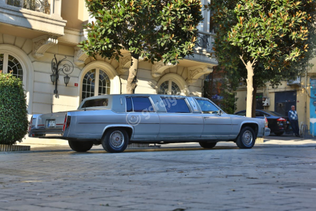 Cadillac STS Fatih Kiralık Araç 2. Fotoğraf