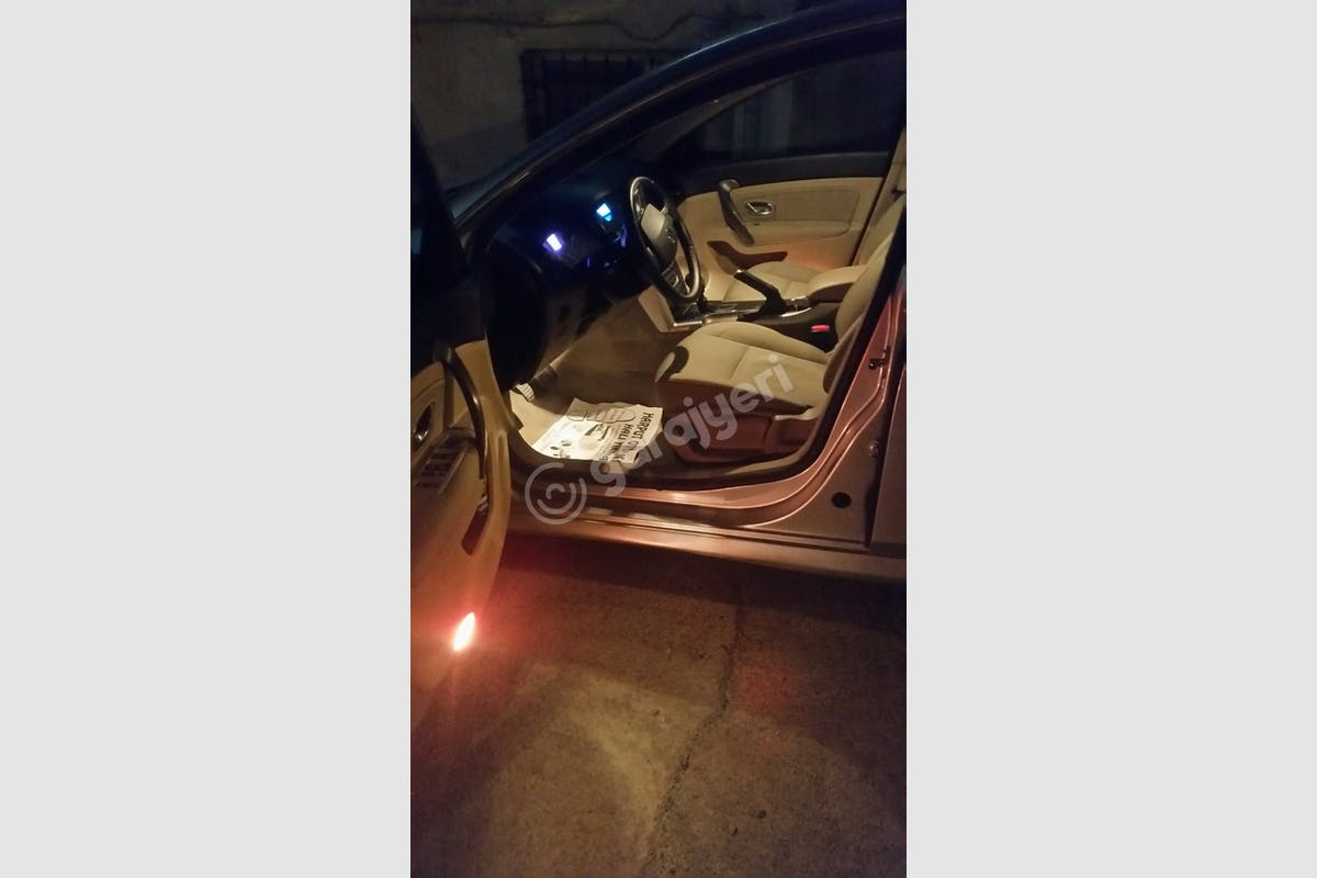 Renault Latitude Pendik Kiralık Araç 6. Fotoğraf