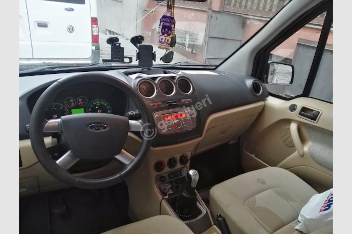 Ford Connect Bağcılar Kiralık Araç 1. Fotoğraf