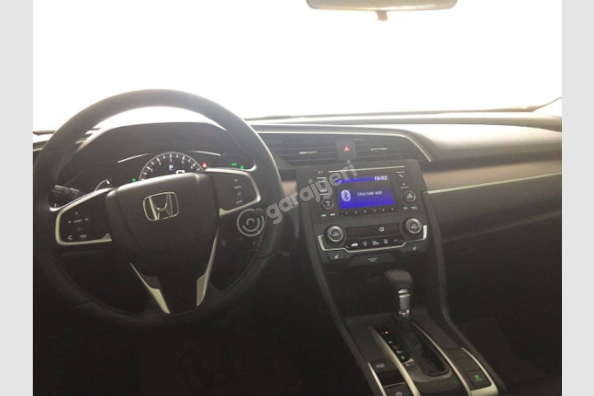 Honda Civic Beylikdüzü Kiralık Araç 4. Fotoğraf