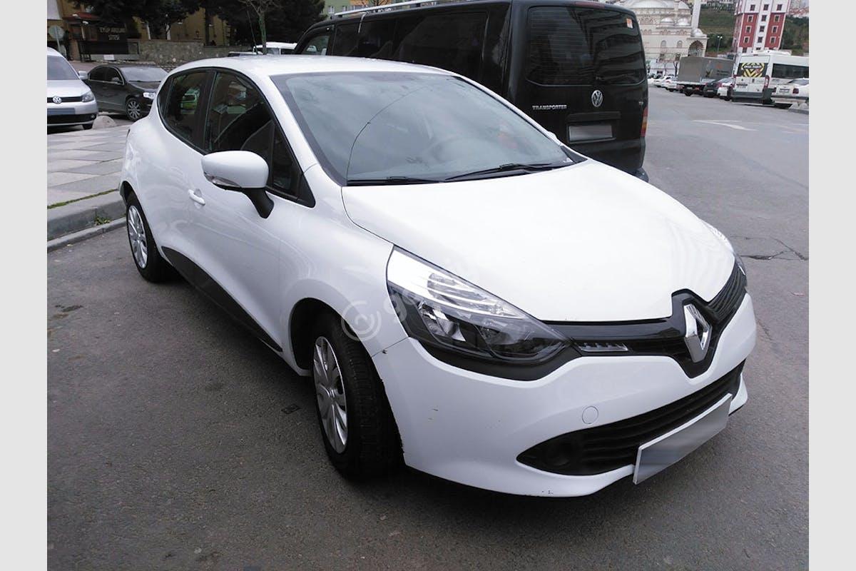 Renault Clio Çekmeköy Kiralık Araç 2. Fotoğraf