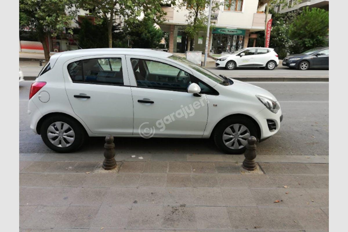 Opel Corsa Ataşehir Kiralık Araç 3. Fotoğraf