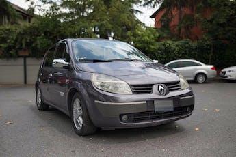 Renault Scenic Kiralık Araç