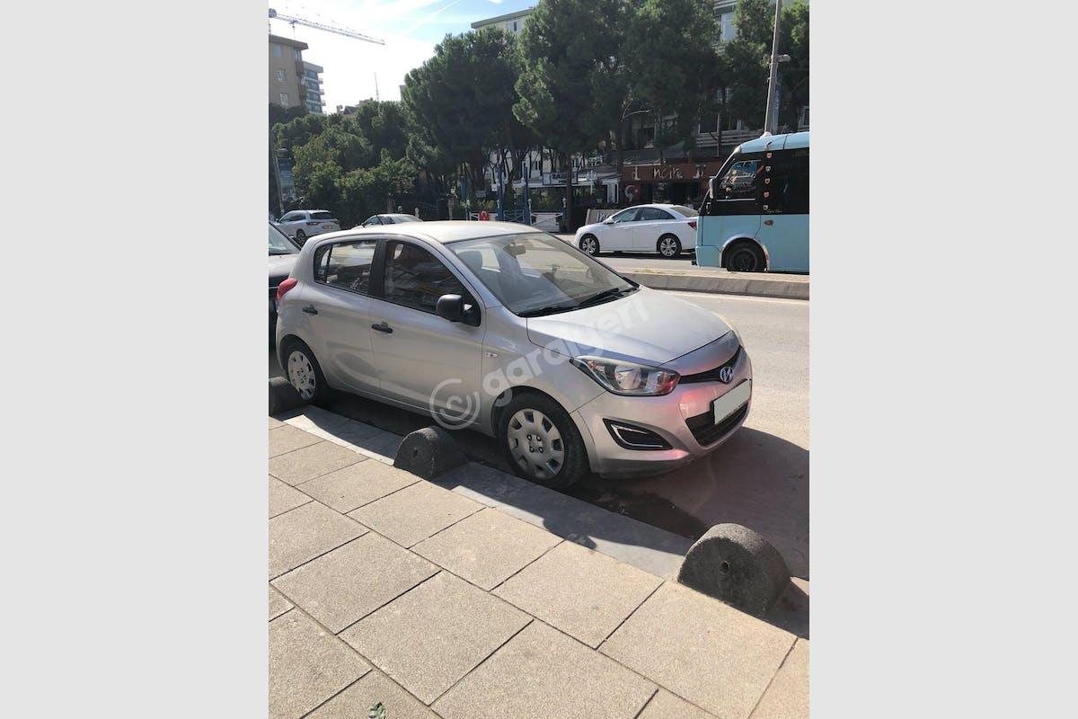 Hyundai i20 Maltepe Kiralık Araç 1. Fotoğraf