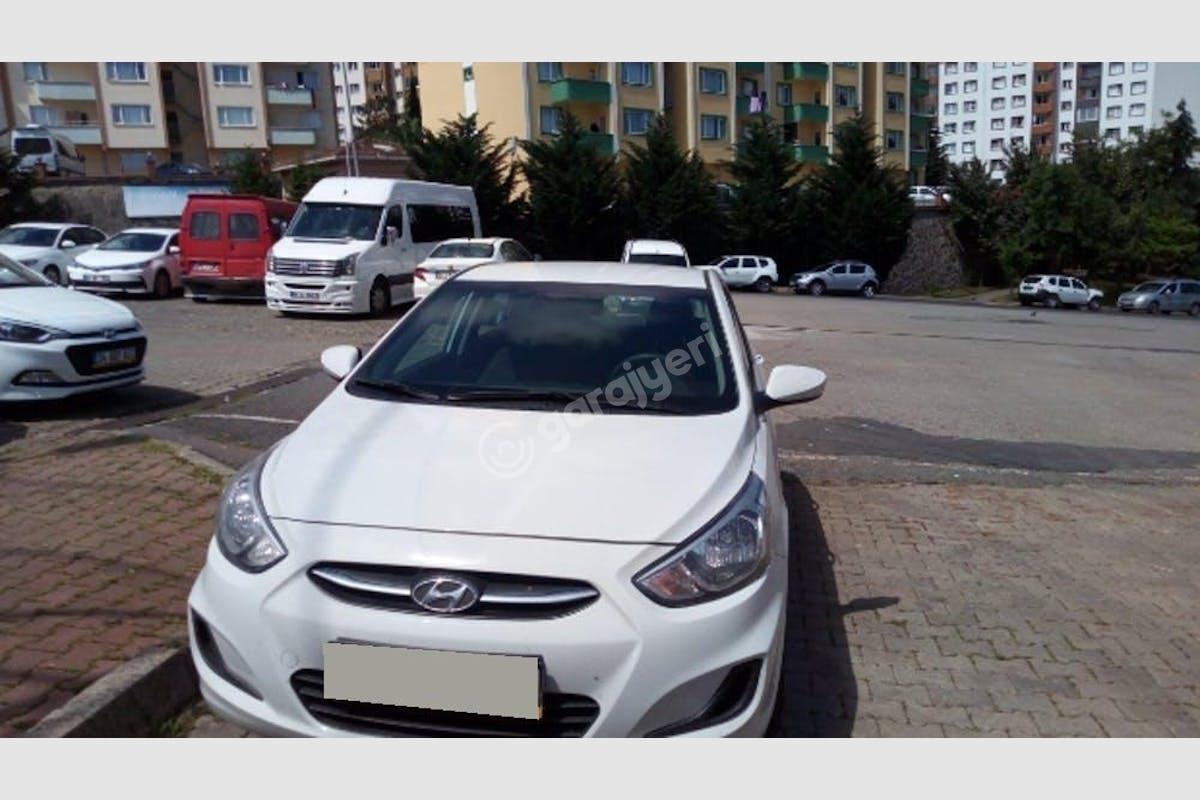 Hyundai Accent Nilüfer Kiralık Araç 1. Fotoğraf