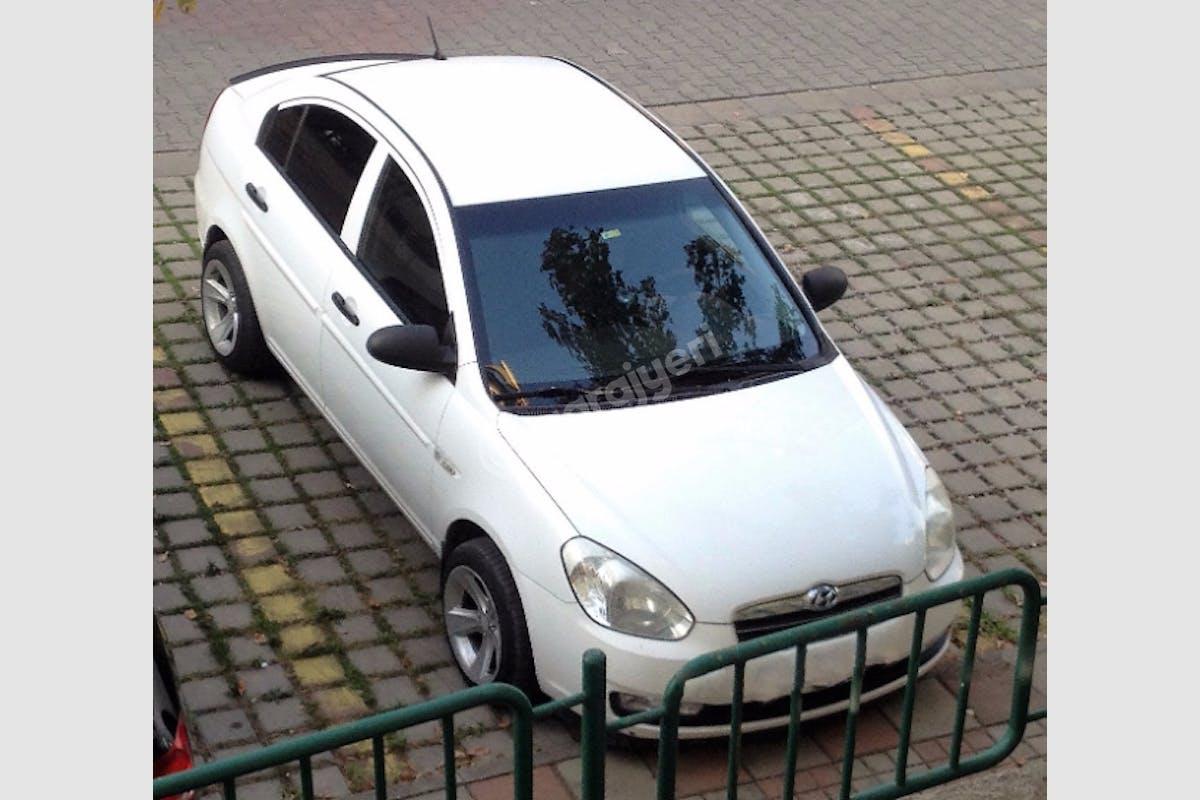 Hyundai Accent Tuzla Kiralık Araç 1. Fotoğraf