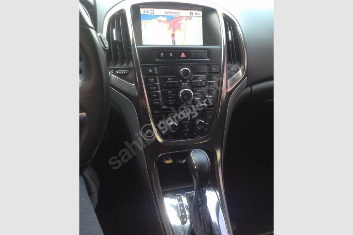 Opel Astra Konak Kiralık Araç 3. Fotoğraf