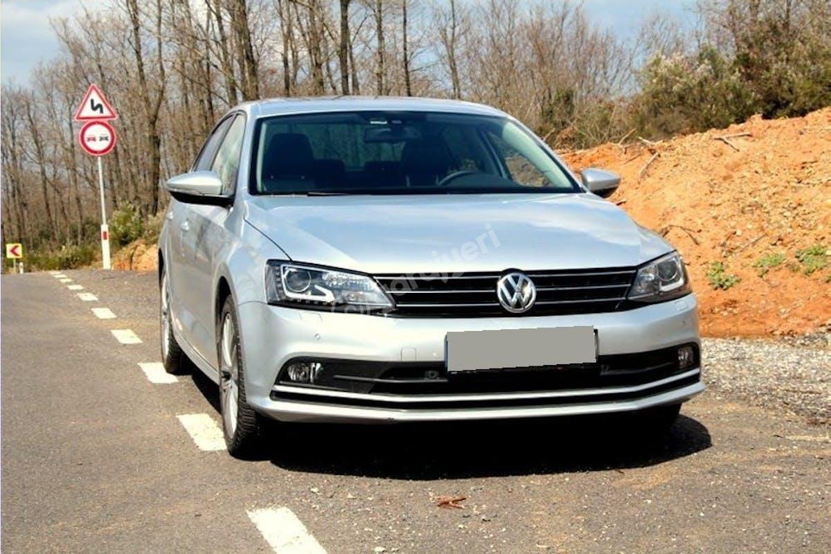 Volkswagen Jetta Şişli Kiralık Araç 1. Fotoğraf