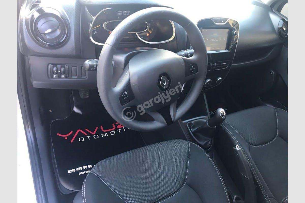 Renault Clio Pendik Kiralık Araç 5. Fotoğraf