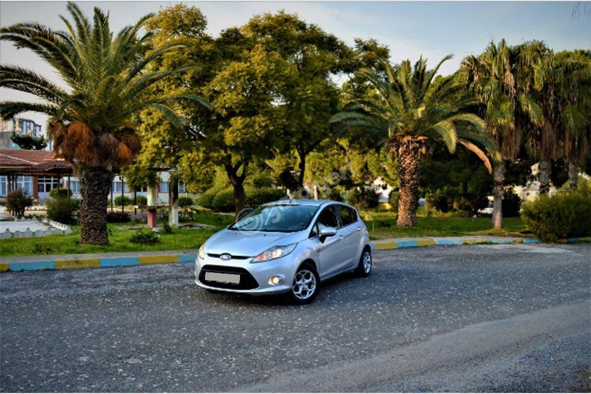 Ford Fiesta Mut Kiralık Araç 4. Fotoğraf