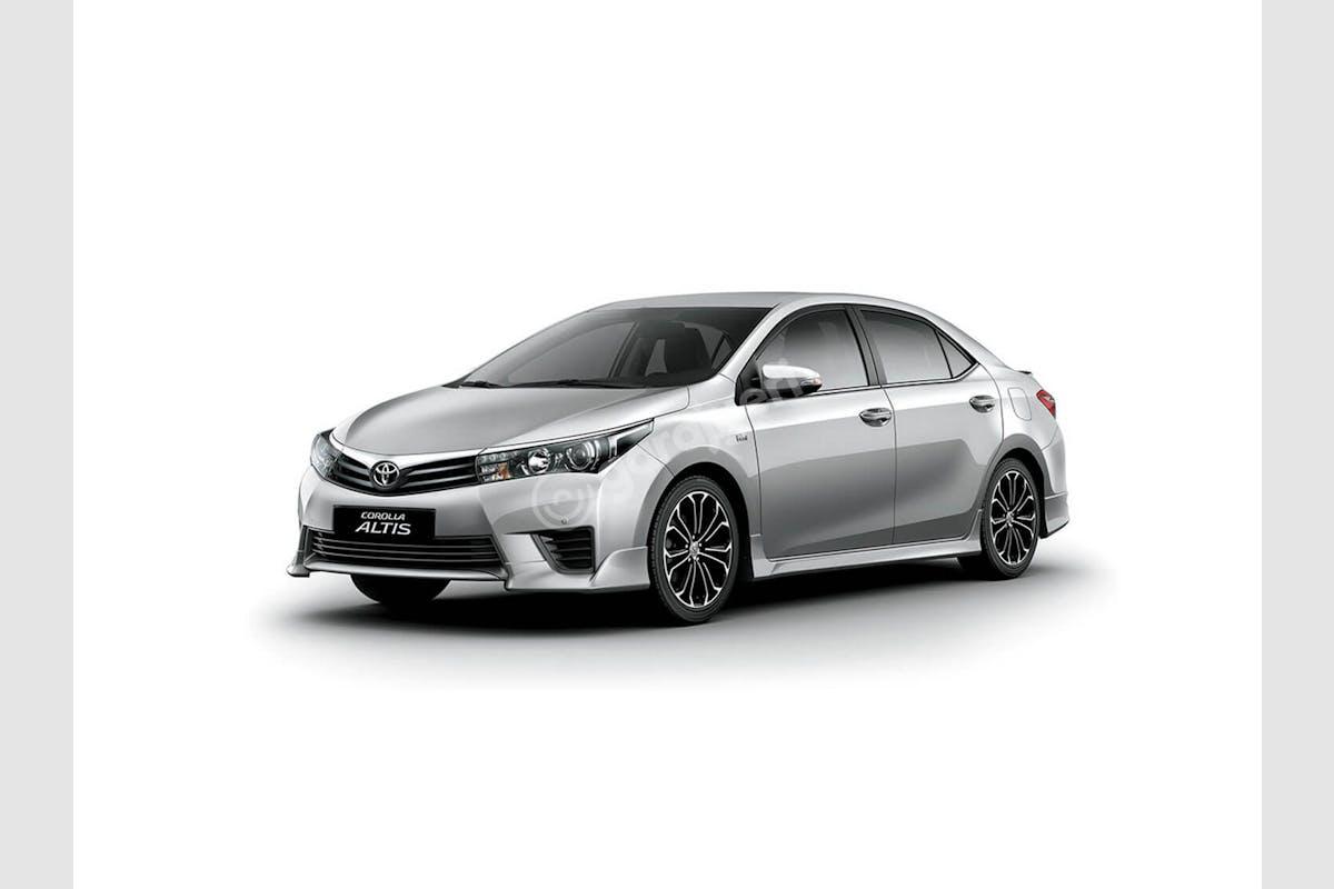 Toyota Corolla Alanya Kiralık Araç 2. Fotoğraf